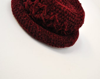 Vintage Womens Hat / Accessories / Winter / Fall / Burgundy / Maroon / Handmade / Crochet / Knitted
