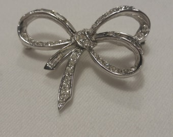 Signed Vintage Boucher Bow Pin