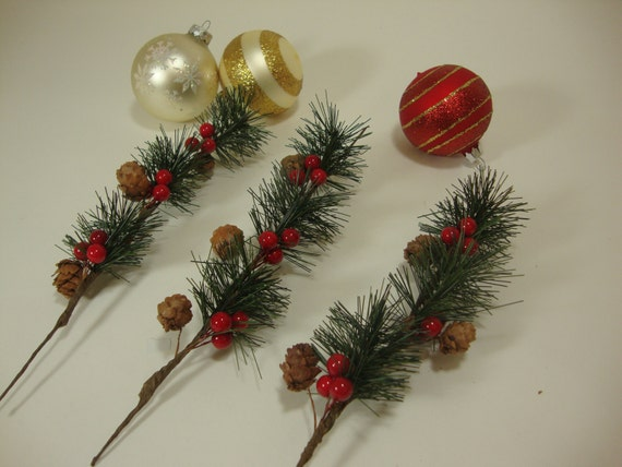 Artificial Green Pine Branches With Red Berries And Pine