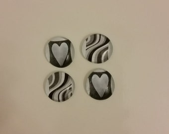Heart and Swirl Glass Magnet Set (Set of 4)