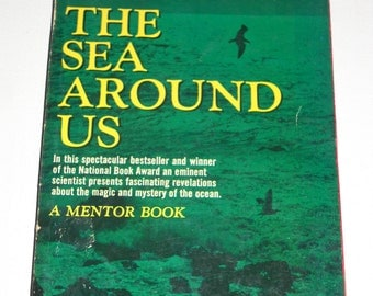 1960 The Sea Around Us by Rachel L. Carson Vintage paperback book