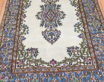 "4' x 6'2"" Persian Kerman Oriental Rug - Hand Made - 100% Wool"