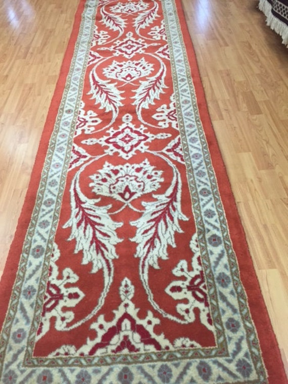 "2'8"" x 10'6"" Persian Meshkabad Floor Runner Oriental Rug - Hand Made - 100% Wool - Vegetable Dye"