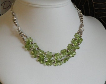 Peridot faceted beaded necklace  -  50