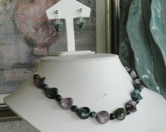 Agate beaded necklace  -  182