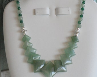 Green Aventurine beaded necklace  -  183