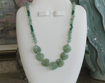 Green Aventurine beaded necklace  -  184