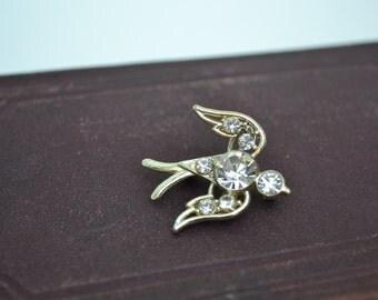 Bird Brooch, Bird Pin, Gold Brooch, Gold Bird Brooch, Sparrow Brooch, Vintage Brooch, Crystal Brooch, Rhinestone Brooch, CZ Brooch, CZ Pin