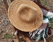 Free Shipping Nice Callanan Straw Hat in perfect condition Perfect for Beach, Camping, Safari Your adventure Awaits