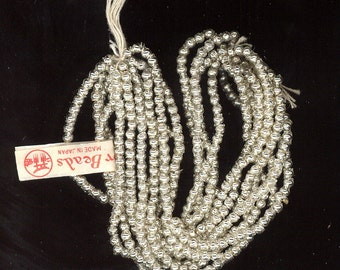 Hank of 600 Vintage Mercury Glass Silver Beads From Japan 2.5mm  Very Little Tarnish