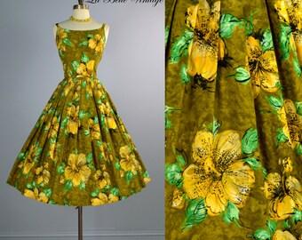 50s Hawaiian Dress ~ Paradise Hawaii Sundress S M ~ Golden Hibiscus ~ Full Circle Skirt