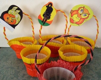 6 Vintage Halloween Crepe Paper Nut Cups Party Favors