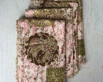 Vintage Napkin or Placemat Set - Asian Pink and Gold