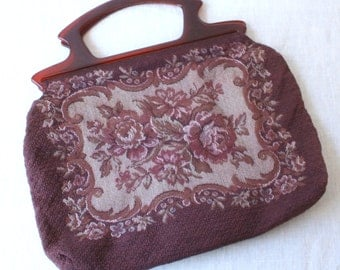 vintage floral sewing bag / plastic handle handbag / tapestry yarn bag