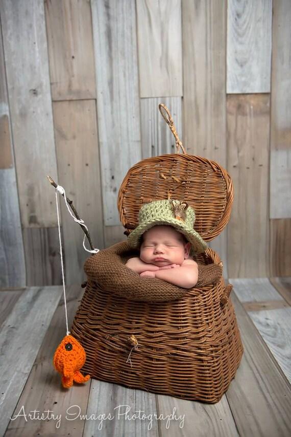Baby fishing hat fish set newborn 0 3m 6m by nitamaesgarden for Toddler fishing hat
