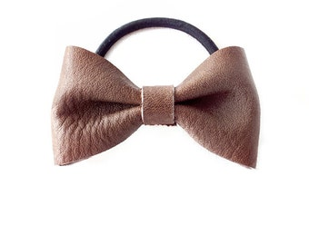 Ponytail Holder Elastic Hair Tie - Leather - Ash Brown - The Lifestyle: Medium Chubby Leather Bow