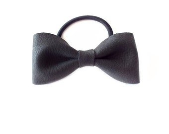 Ponytail Holder Elastic Hair Tie - Leather - Smoke Grey - The Lifestyle: Large Skinny Leather Bow