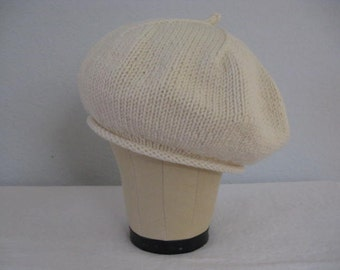 Winter White Beret. Hand Knit Hat in Merino Wool. Fall and Winter Accessories.
