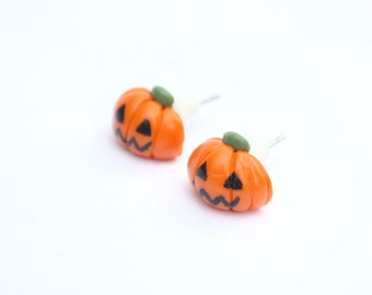 Tiny Jack o'lantern stud earrings