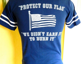Protect Our Flag soft 1980s vintage tee shirt size medium