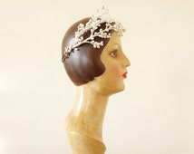 Nacre beads tiara | Wax floral and beaded crown | 1950 by cubesvintage