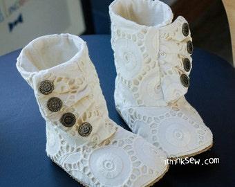 no 880 Lilo Baby Boots PDF Pattern