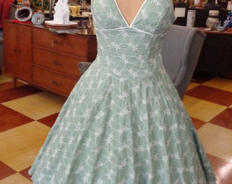 Vintage 1950s Style Mint Green Embroidered Halter Dress with Full Skirt