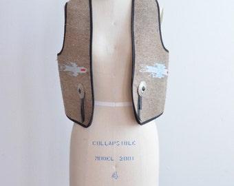 CLEARANCE / Vintage 1970s wool WESTERN vest w/ leather tassels