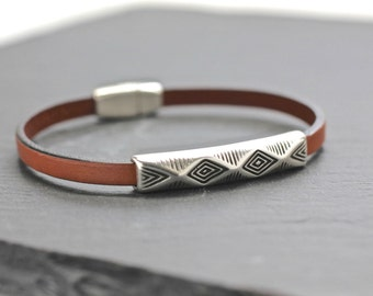 Geometric Bracelet , Mens Bracelet , Mens Leather Bangle , Mens Leather Bracelet , Men's Jewelry , Gift For Men , Boyfriend Gift , Amy Fine
