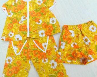 GIRLS Clothes. Girls Play Set. Flower. Top. Shorts. Pants. Hippie. Flower Power. vintage 1970s. hand sewn. 3 pc set. Photo Shoot. Photo Prop