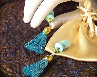 Breakfast at Tiffany's Style Teal & Gold Tassels Sound Reduction Ear Plugs Satin Bag Set