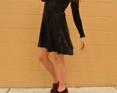 Vintage 90s Black Crushed Velvet Witch Babydoll Longsleeve Dress