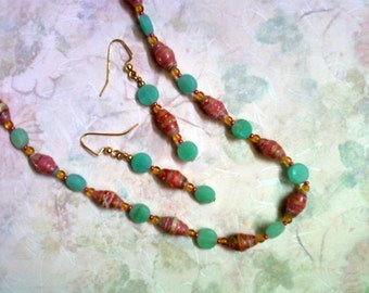 Pink and Seafoam Green Necklace and Earrings (1655)
