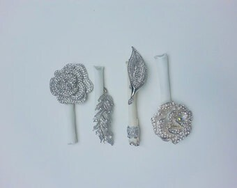 Brooch Bout - Brooch Boutonniere - Broach Boutonniere - Brooch Boutonniere - Groom - Groomsmen - Best Man - Prom - Wedding Accessories