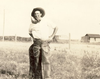 COWBOOY Standing in the Middle Of a Field in His HAT and Leather CHAPS Bluestone Kentucky Photo 1927