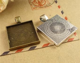 30 Pendant trays- 20mm Square Bezel Setting Wholesale, Antique Bronze/ Antique Silver available, 129g- HA3764