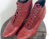 Vintage 80's Burnt Orange / Red Leather and Suede Granny Boots / Ankle Boots / Women's Size 5 Ankle Boots