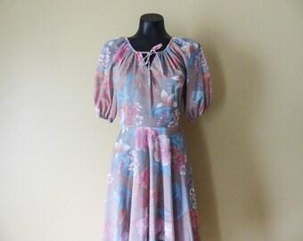 Pink Floral Peasant Dress size 8 Medium