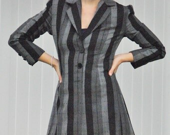 Tailored coat 1940s cut slit in back
