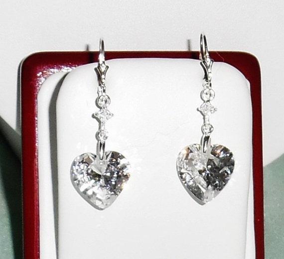 34 cts AAA Heart White CZ Diamond stones, SOLID silver Leverback Pierced Earrings