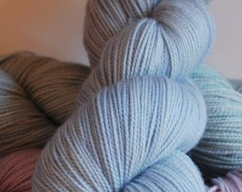 Fingering, Lullaby BLUE: 80/20 First-String PLUS SW Merino/Nylon, 911