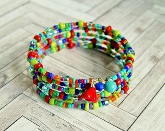 color splash beaded memory wire bracelet, colorful, rainbow, hippie, multicolor