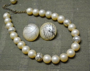 1950s Splatter Pearl Necklace and Clip Earrings Set