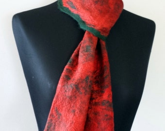Dark Green felted fine merino wool scarf with scarlet red mulberry silk surface decoration 'King Parrot'