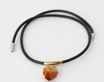Citrine leather choker