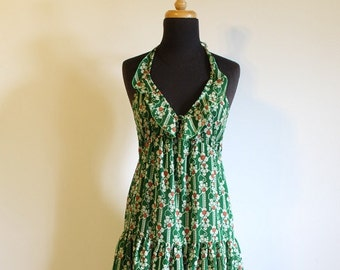 Lovely lightweight 1970's Green Cotton Halter Summer Dress - Size US 4