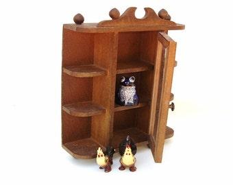 Vintage Small Curio Cabinet Miniature Knick Knack Shelf  Doll House Furniture