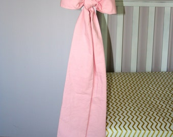 Shades Up & Co! Large Crib Bows in 100% Washed Cotton Pink