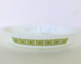 Pyrex Square Flower Cinderella Oval Divided Serving Baking Dish Verde Green Avocado 1 Quart #963/1063