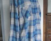 Grey Blue Plaid Flannel Button Up Long Sleeve Shirt Grunge Soft Worn Flannel